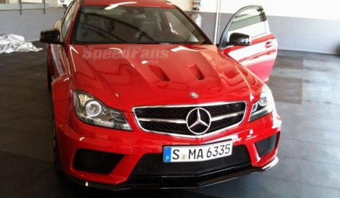 Mercedes C63 AMG Black Series Coupe Shows Its Face Ahead of Debut 02
