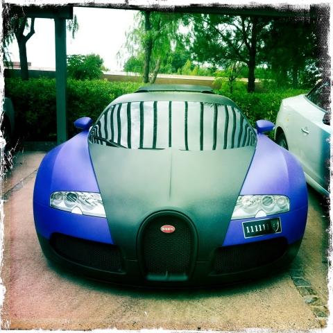 Spotted Matte Black Purple Bugatti Veyron in St. Tropez 01