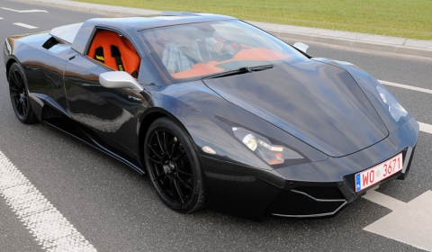 Video Arrinera Polish Supercar in Action