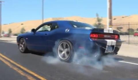 Video Matt Farah Burns Rubber in a Blue Dodge Challenger SRT8