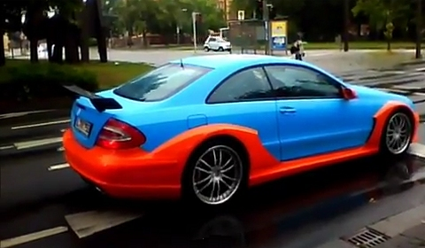 Video Mercedes-Benz CLK AMG DTM in Gulf Theme