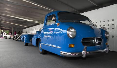 Mercedes-Benz Rennabteilung Auto Transporter