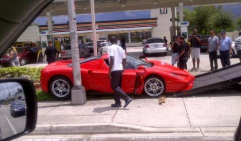 Car Crash Red Ferrari Enzo Hits Pavement 01