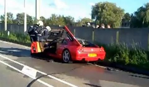Video Ferrari 355 GTS Burst into Flames