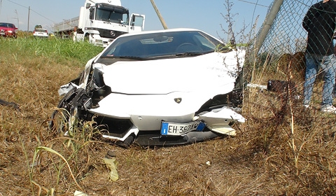 Photo Update On Lamborghini LP700-4 Aventador Crash