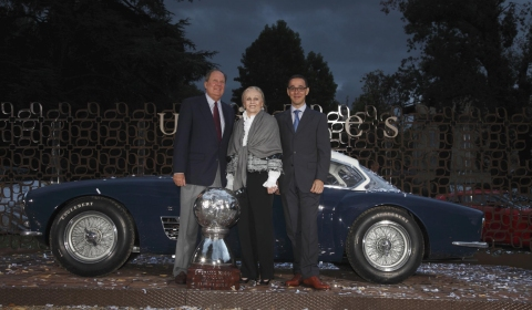 Zagato Wins Two Prices at Uniques Special Ones 2011 01