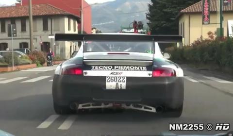 Video Porsche 996 RSR Hits the Road
