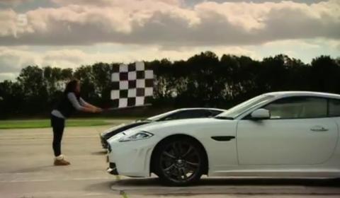 Video Jaguar XKR-S vs Jaguar XJ220 by Fifth Gear