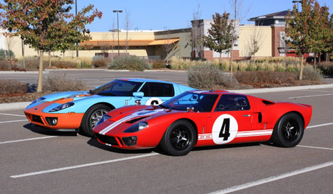 Video Of The Day Gulf Ford Gt Vs Ford Gt40 Gtspirit