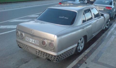 Overkill Four-Door Bugatti Re-Build 02