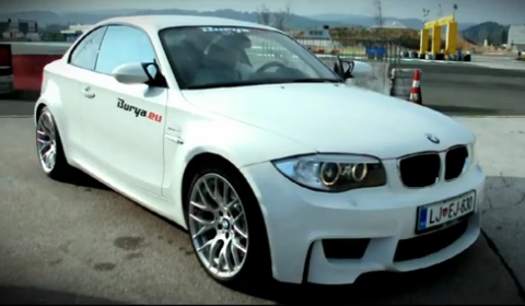 Video Drifting BMW 1-Series M Coupe with Akrapovic Exhaust
