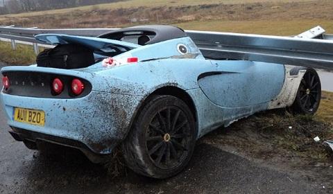 Lotus Elise Club Racer Car Crash