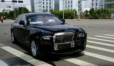 Rolls Royce Ghost Car Crash