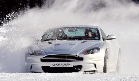 Video Aston Martin on Ice Driving Experience