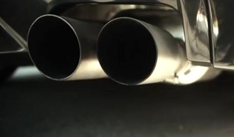 Video BMW F10 5 Series Titanium Exhaust by Vorsteiner