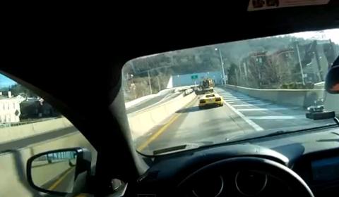 Video Lamborghini Aventador Tunnel Exhaust Run