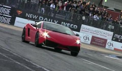 Video Lamborghini LP570-4 Super Trofeo Stradale in Action