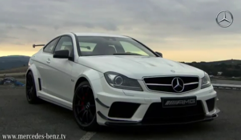 Video Mercedes-Benz C 63 AMG Coupe Black Series