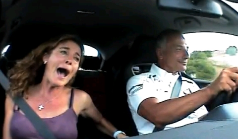 Video Riccardo Patrese Drives His Wife Crazy in Civic Type-R