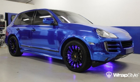 Chrome Blue Porsche Cayenne