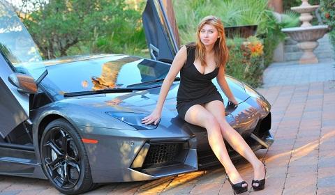 Cars & Girls: Lamborghini Aventador & Mia