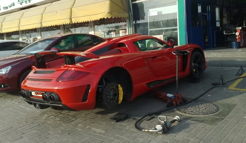 Gemballa Mirage GT Wheel Change in Dubai