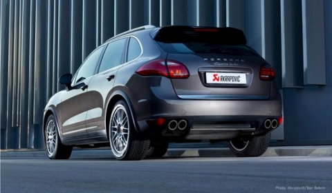 Akrapovic Plans Release Titanium Exhaust Systems for Porsche Cayenne