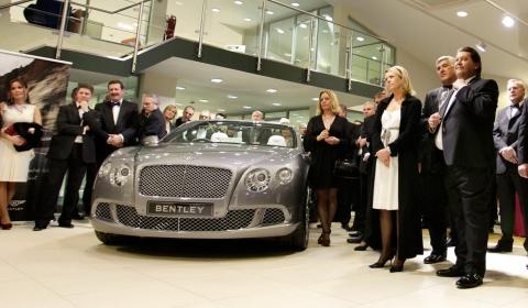 Bentley Cambridge Opens in Style 01
