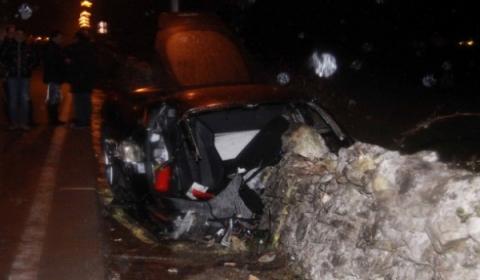 car_crash_ferrari_458_italia_wrecked_in_italy_01.jpg