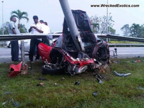 Car Crash Ferrari F430 Wrecked in Klia Malaysia 02