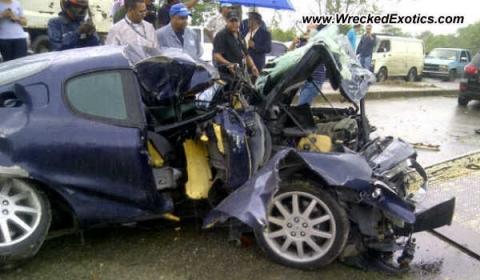 Car Crash Maserati Gransport Wrecked in Dominican Republic 01