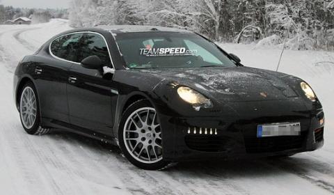Spyshots Porsche Panamera Facelift Winter Testing