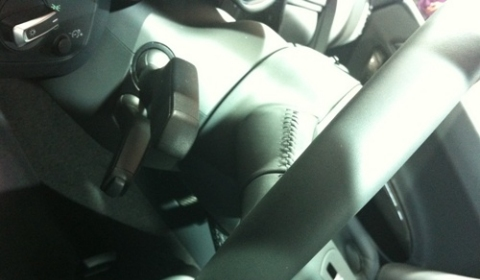 This is the 2012 Audi R8 E-Tron Interior 01