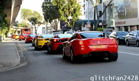 Video Ferrari Gathering in Singapore with 36 Cars