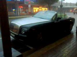 Video Rolls-Royce Drophead Coupe Ruined in Half Hour Rain Storm