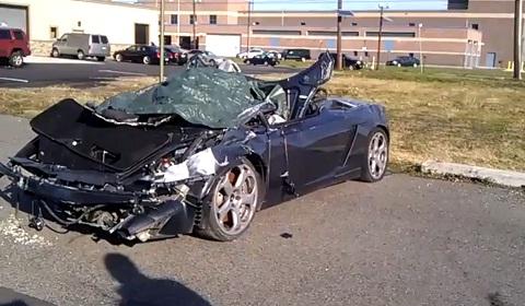 Crashed and Abandoned Lamborghini Gallardo Spyder