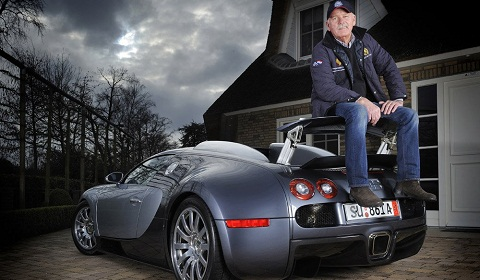 Jan Stuivenberg Sits on Bugatti Veyron Spoiler...