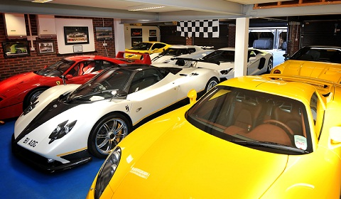 Peter Saywell Supercar Collection Video: Inside Peter Saywell's Supercar Collection