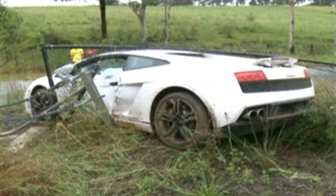 Crashed Lamborghini Gallardo