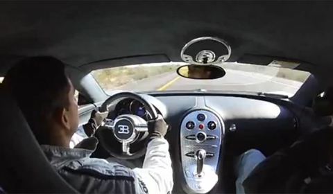 Video Bugatti Veyron on Seven 215-225mph Runs