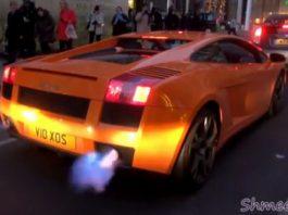 Video Lamborghini Gallardo Shoots Flames in London