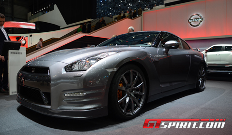 2013 Nissan  on Version Of The Gt R At The 2012 Geneva Motor Show The 2013 Nissan Gt R