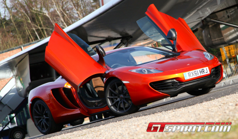 Road Test 2012 McLaren MP4-12C 01