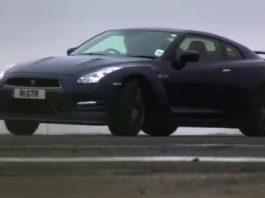Video Nissan GT-R vs Porsche 911 Carrera S by Tiff Needell