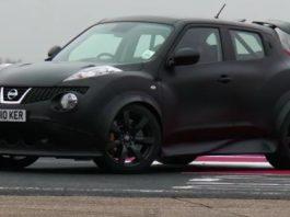 Video Nissan Juke-R vs Nissan R35 GT-R Track Test