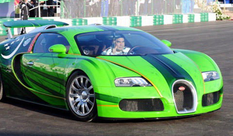 turkmenistan president wins his countrys first car race - Green Bugatti Car