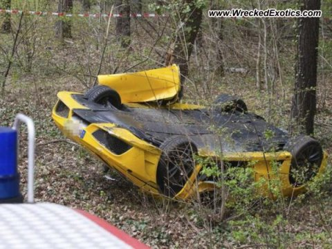 Car Crash Two Casualties in Ferrari 430 Scuderia Accident 01