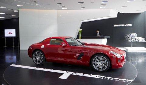 Mercedes-AMG Opens Beijing Sanlitun AMG Performance Center