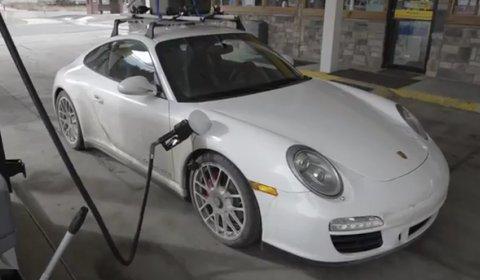 Video Driving Porsche Carrera GTS in the Colorado Rockies
