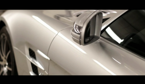 Video Sounds of the Mercedes-Benz SLS AMG